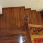 scari din lemn pe metal