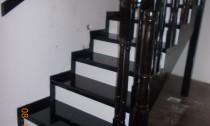 scari din lemn pe vanguri