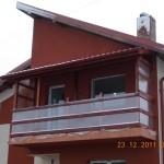 Balustrada exterioara lemn si balcon