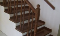 balustrada interioara din lemn