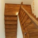 Scari interioare lemn pe vanguri fag