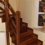 Scara interioara din lemn de stejar